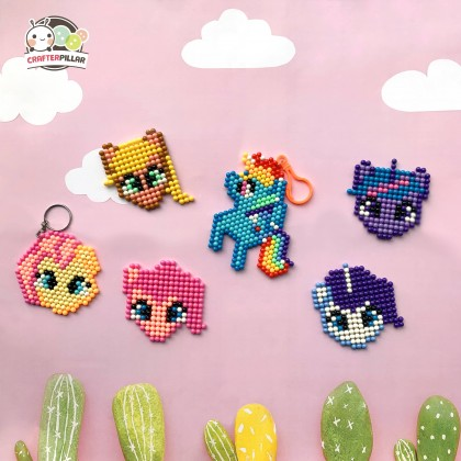 PONY - DIY BEANIES CRAFT WITH MAGIC WATER FUSE & STICKY BEADS FOR KIDS